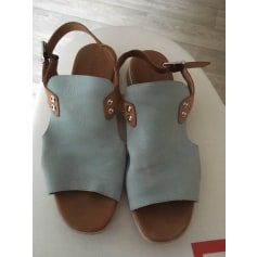 Sandales plates  Paula Urban  pas cher