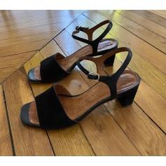 Sandales à talons Shi Mihara  pas cher