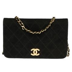 Sac pochette en cuir Chanel Timeless - Classique pas cher