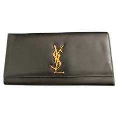 Sac pochette en cuir Saint Laurent Kate pas cher