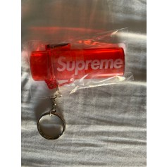 Porte-clés Supreme  pas cher