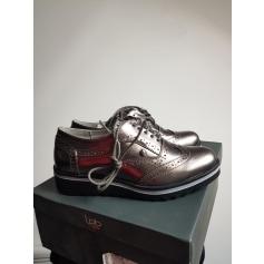 Chaussures à lacets  Les petites bombes  pas cher