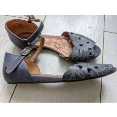 Sandales plates  Neosens  pas cher
