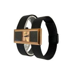 Montre au poignet Jean Paul Gaultier  pas cher
