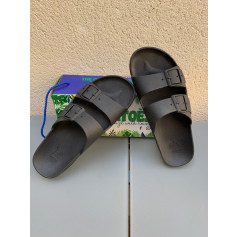 Sandals Cacatoes