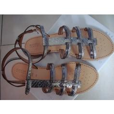 Sandales plates  Geox  pas cher