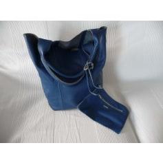 Leather Handbag Oakwood