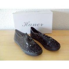 Chaussures à lacets  HANER  pas cher