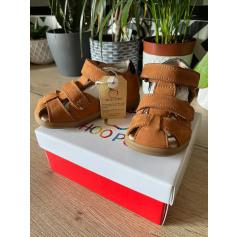 Sandals Shoo Pom