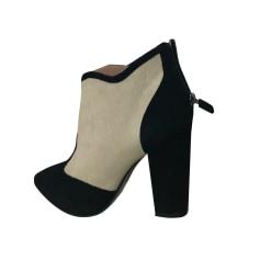 High Heel Ankle Boots Lola Cruz