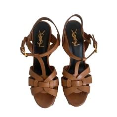 Sandali con tacchi Yves Saint Laurent