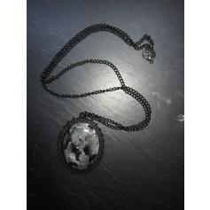 Pendentif, collier pendentif Le Serpent Rouge  pas cher