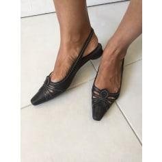 Sandales plates  Manfield  pas cher