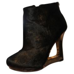 Bottines & low boots à talons BCBG Max Azria  pas cher