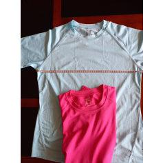 Top, tee-shirt Quechua  pas cher