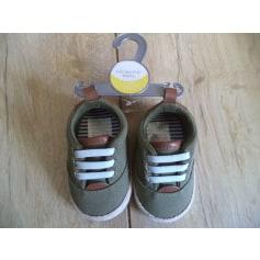 Chaussures à lacets Primark  pas cher