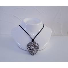 Pendentif, collier pendentif Jacky De G.  pas cher