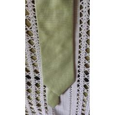 Cravate Carven  pas cher