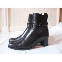 Bottines & low boots à talons Manfield  pas cher