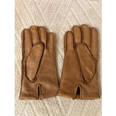 Gloves Prada