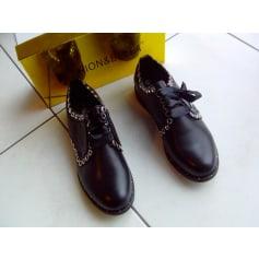 Chaussures à lacets  fashion & bella  pas cher