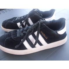 Baskets Adidas Gazelle pas cher