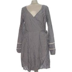 Robe courte Hollister  pas cher