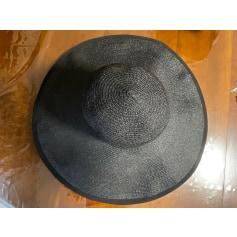 Chapeau Chanel  pas cher