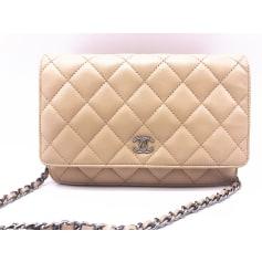 Sac à main en cuir Chanel Wallet-On-Chain pas cher