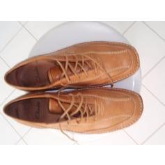 Chaussures à lacets Clarks  pas cher