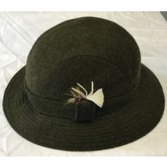 Chapeau Burberrys'  pas cher
