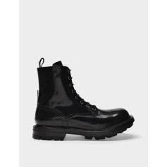 Flat Boots Alexander McQueen