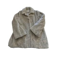 Mantel Ba&sh