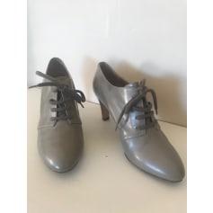 Chaussures à lacets  Chloé  pas cher