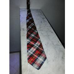 Cravate Balenciaga  pas cher