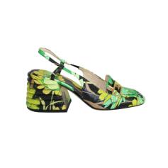 Flat Sandals Fendi
