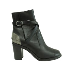 Flat Boots Chanel