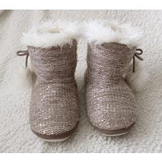 Hausschuhe, Pantoffeln La Halle Aux Chaussures