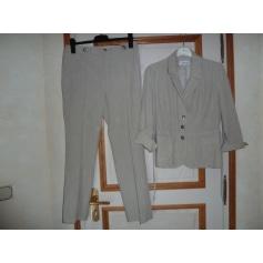Tailleur pantalon Armand Thiery  pas cher