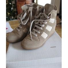 Sneakers Jonak