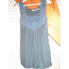 Top, tee-shirt Kimchi Blue  pas cher