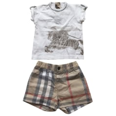 Shorts Set, Outfit Burberry
