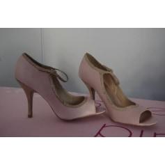Escarpins à bouts ouverts Zign Shoes  pas cher