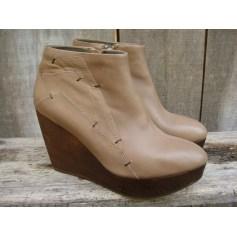 Bottines & low boots à compensés Mi-Mai  pas cher