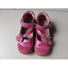 Chaussures à scratch Babybotte  pas cher