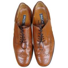Chaussures à lacets Salvatore Ferragamo  pas cher