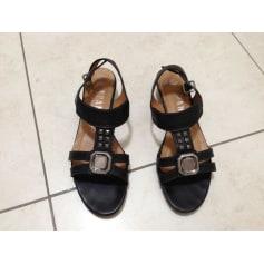 Sandales plates  Hispanitas  pas cher
