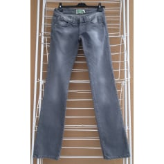 Jeans évasé, boot-cut Bershka  pas cher