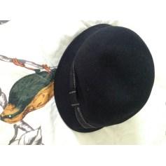 Chapeau Galeries Lafayette  pas cher
