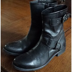 Bottines & low boots motards Eden  pas cher